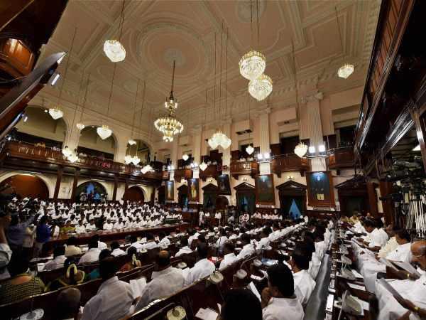 Tamilnadu Oppn Legislators Set To Give Mass Resignation