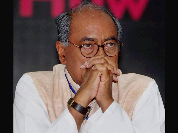 Digvijay disowns derogatory meme on Modi, but maintains that PM good at 'art of fooling'