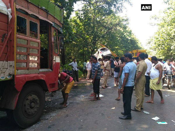 In a tragic accident 9 people died in Karwar