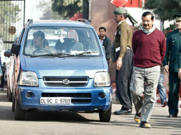 Delhi Chief Minister Arvind Kejriwal S Car Stolen