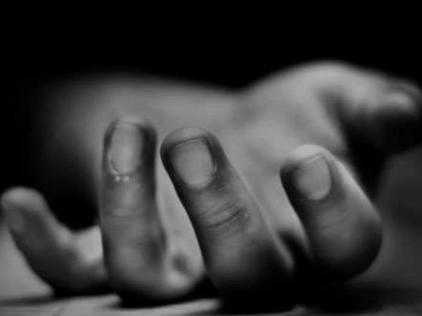Woman Commits Suicide In A Hospital In Hyderabad