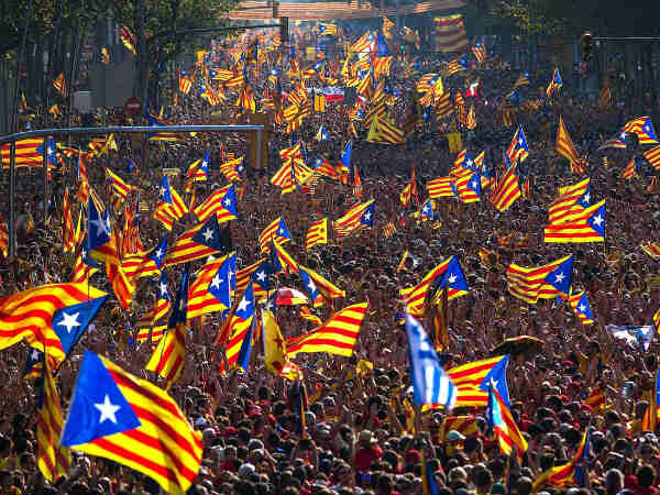 Catalanonia parliament declares independence from Spain