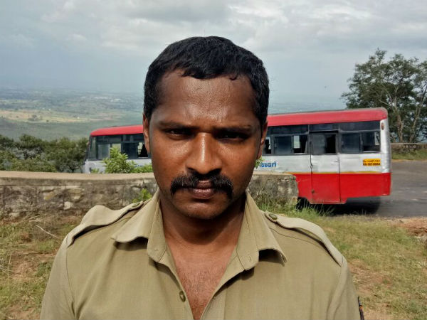 Gundlupet Ksrtc Bus Driver Saves Lives Of 70 Passengers