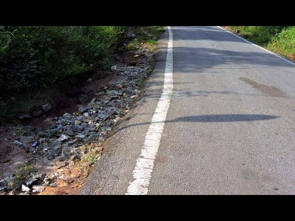 Road poses danger for vehicle movement in BR Hills