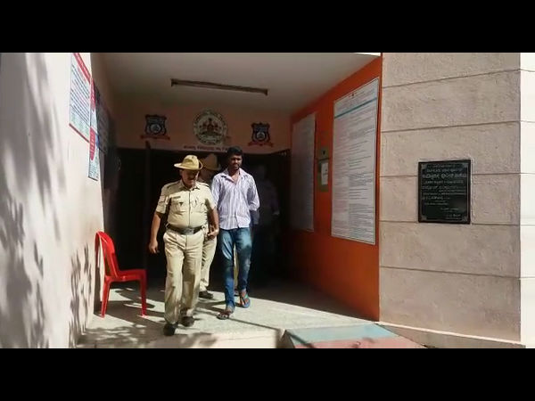 Two drivers arrested for putting cockroach in food at Indira Canteen