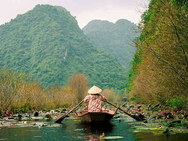 Amazing travel experience Ninh Binh, Gem of Vietnam