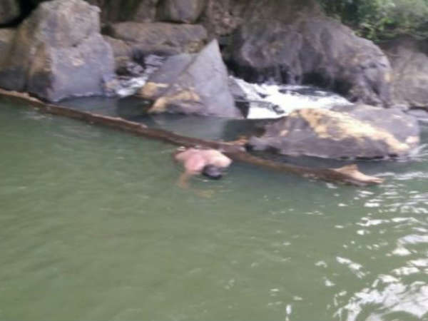 2 tourists die after drown into water in Kanoor falls Yellapur