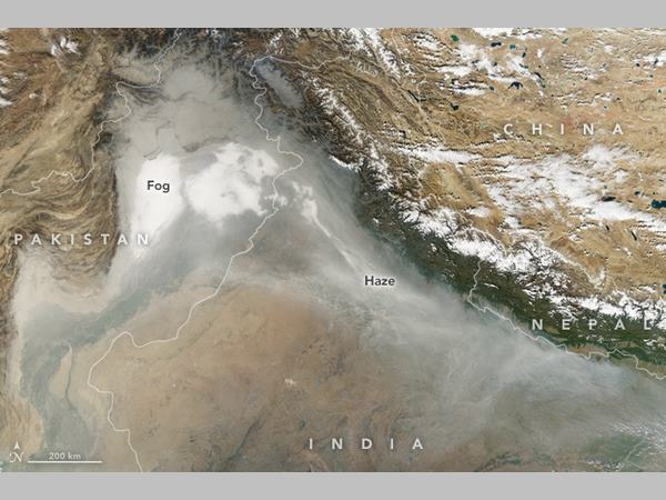 Delhi Smog Nasa Satellite Images Show How Crop Burning Pollted The North India Including Pakistan