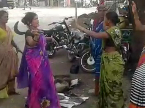 Two women fight in fish market in Chikkodi