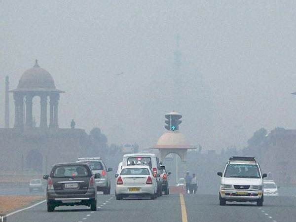 Parking Fee Hiked By 4 Times In Delhi To Curb Air Pollution