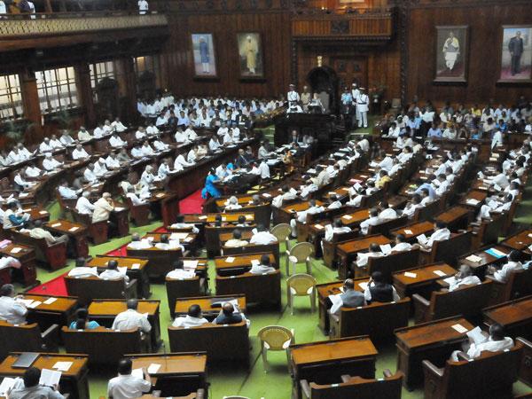 ಬೆಳಗಾವಿ : 'ಸತ್ತರೆ ಮಾತ್ರ ಪರಿಹಾರ ಕೊಡೋದಾ?'