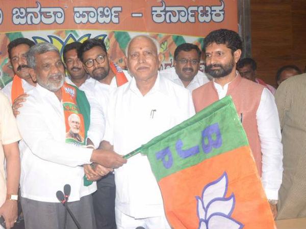 Mandya Politics Ks Nanjunde Gowda Joined Bjp