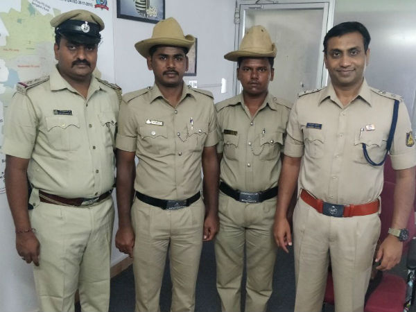 ATM Thieves arrested: Constables Rewarded!