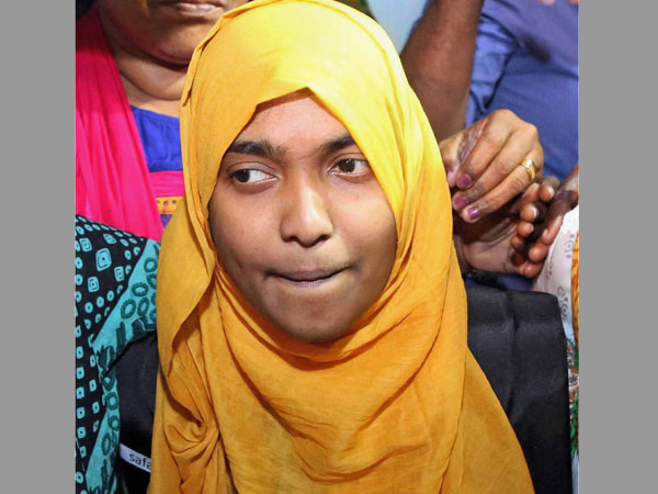 Hadiya's father to move SC against college