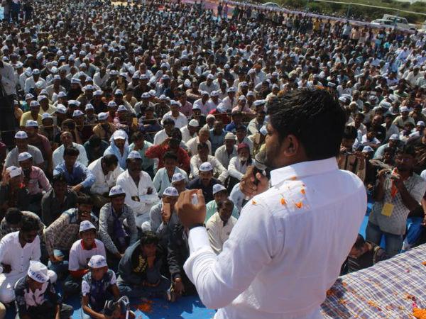 Hardik Patel S Show Of Strength Against Pm Modi Rally In Gujarat