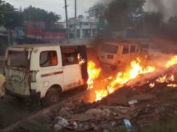 Three vehicles burned due to fire broke out in Belagavi