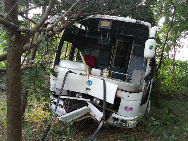 Accident between Bus and a Car one died