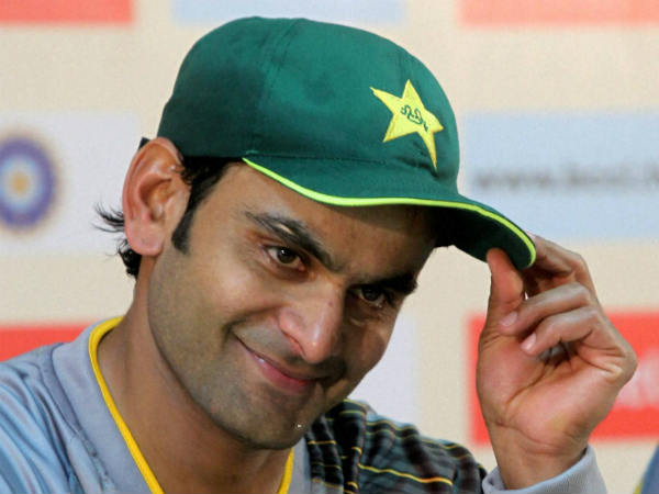 Pakistan Cricketer Mohammad Hafeez Suspended From Bowling In Internationals