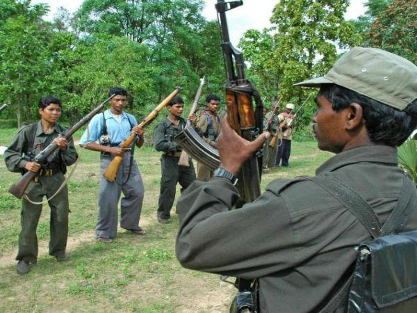 women threatend by mask people, alleged Naxals