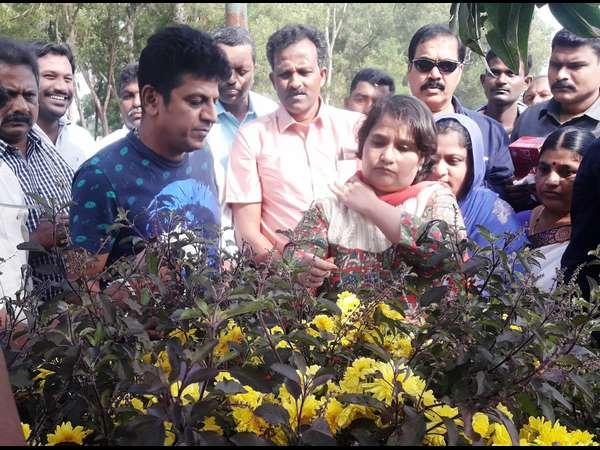 I Will Continue In Active Politics Geetha Shivarajkumar