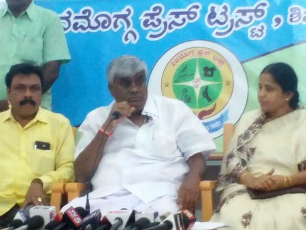 Hd Revanna Slams Bjp And Congress For Statewide Rally