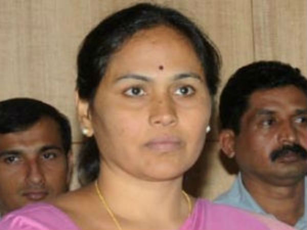How Lic Agent Shobha Became Billionaire Asks Shivamogga Cong President