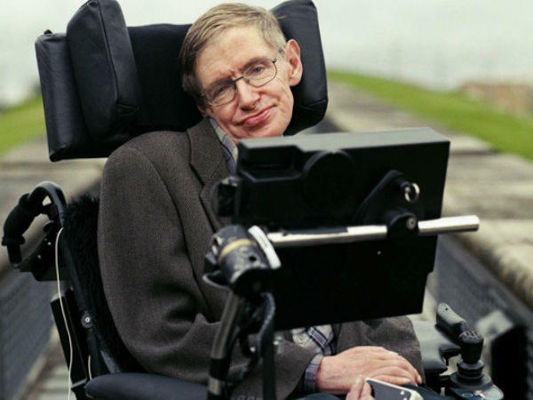 Alternative inteligence may cause damage tu humans : Stephen Hawking