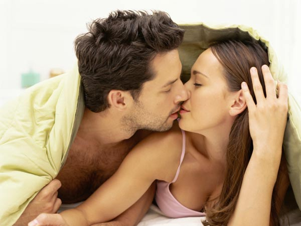 Vaastu Tips Help You Keep Your Bedroom Romantic