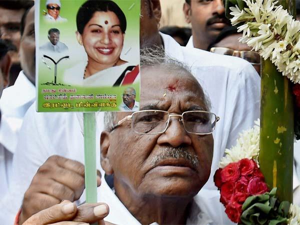 Madhusudanan Is Aiadmk Candidate For R K Nagar Bye Election