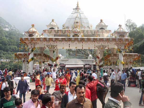 Only 50,000 Devotees Can Visit Vaishno Devi Shrine In A Day: Green Court
