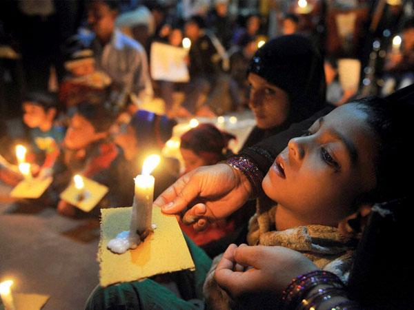 33rd Year Bhopal Gas Tragedy Survivors Dream Of Wedding
