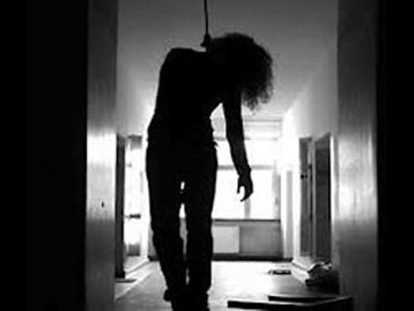 Haliyal Police Station Psi Mallappa S Hugar Wife Commits Suicide By Hanging Herself