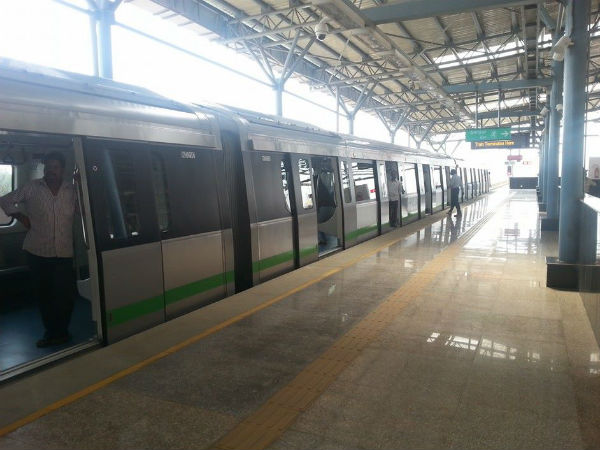 Chewing gums banned on Namma Metro trains