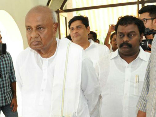 JDS supremo HD Devegowda roaming around the state like a mad dog: Gubbi MLA
