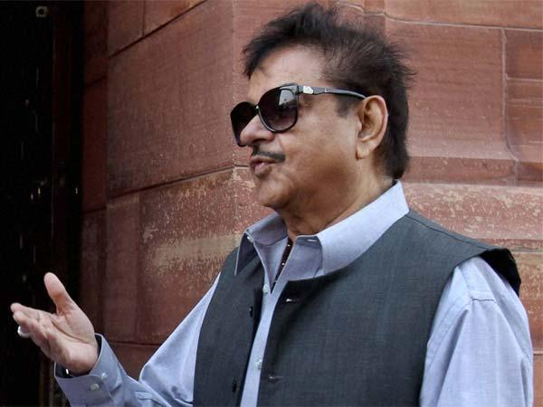 Who Will Take The Rap If Bjp Loses In Gujarat Asks Shatrughan Sinha