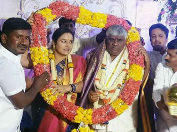 Jds Leader Hd Revanna Marries His Wife Bhavani