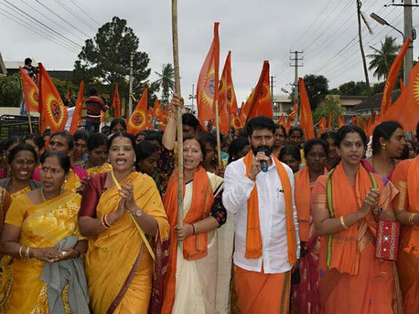 C T Ravi Begges To Complete Dathamala Ritual