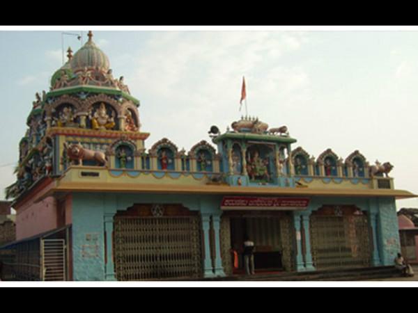 Davanagere Bjp Opposes Indira Canteen Near Duggamma Temple