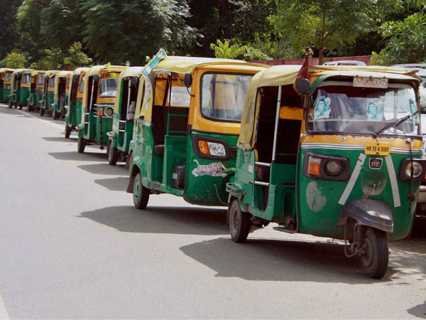 Adhar Mandatory for Auto rickshaw registration