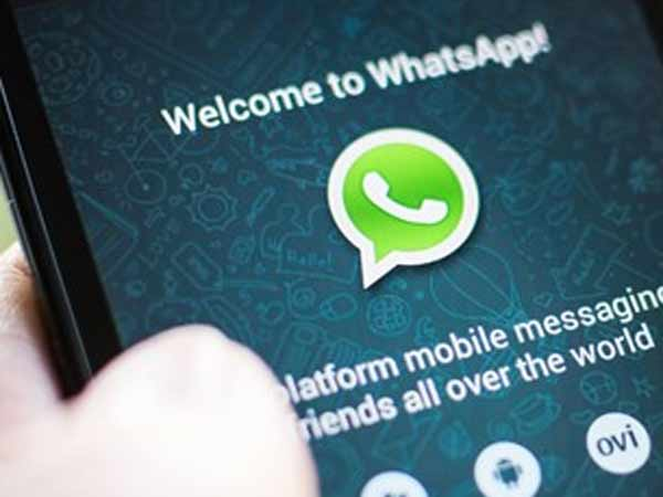Middle finger emoji: WhatsApp gets legal notice