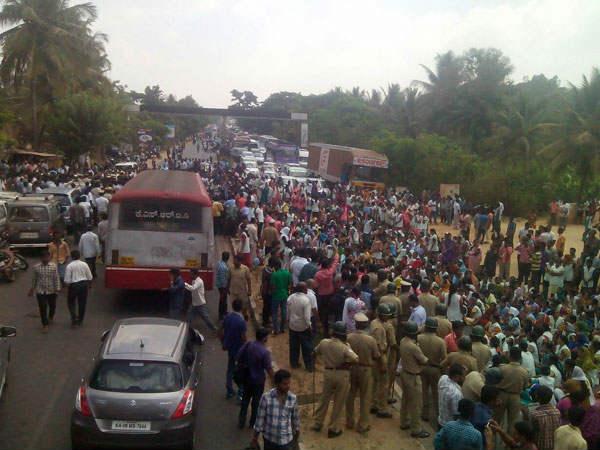 Mahadayi Rally Hits Bengaluru Traffic