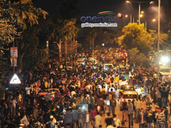 New Year Celebration 15 Thousand Cops Deployed In Bengaluru