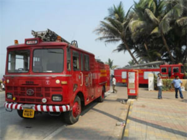 Bengaluru Fire Emergency Service Department Cautioned Pub And Restaurant Owners About Fire Safety