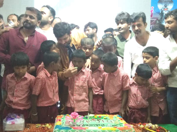 Kannada actor Diganth celebrates his 34th birthday with blind children at Ramanagara