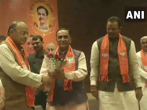 No change in Gujarat, Vijay Rupani will continue as chief minister of the state