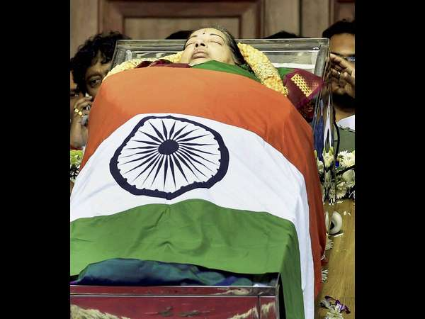 Jayalalitha S 1st Death Anniversary 7 Mysterious Thing Behind Her Death