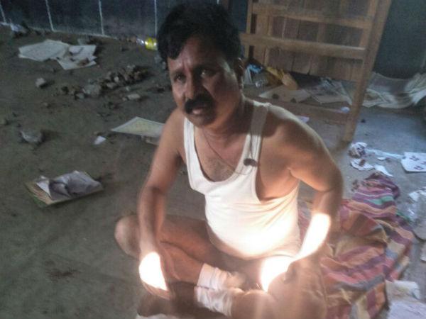 ವಿಜಯಪುರ: ಕುಡಿದು ಶಾಲೆಯಲ್ಲಿ ನಿದ್ರಿಸುತ್ತಿದ್ದ ಶಿಕ್ಷಕನಿಗೆ ಗೂಸಾ