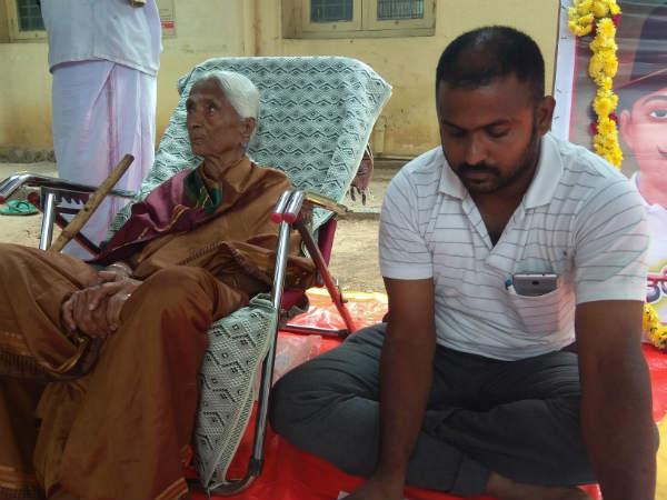 ನಿವೇಶನದ ಖಾತಾಗಾಗಿ 90 ರ ವೃದ್ಧೆ ಅಹೋರಾತ್ರಿ ಉಪವಾಸ