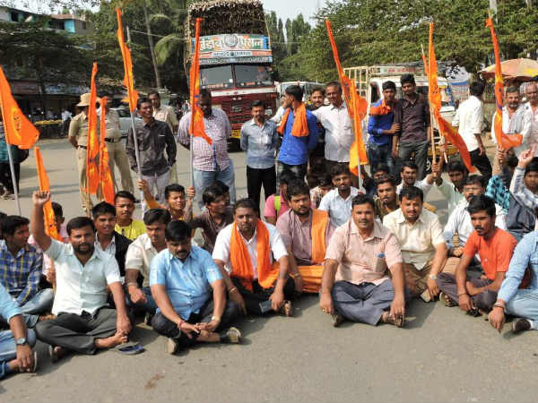 Bailhongal Hindu activists protest demanded the arrest of Deepak murder accused