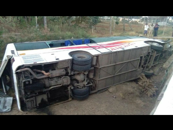 8 dead after a bus fell into a nearby pond in Hassan's Karekere